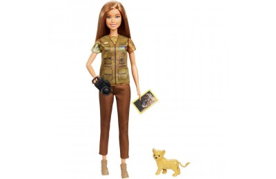 Black Friday 2020 Barbie National Geographic Photographer Playset Deal